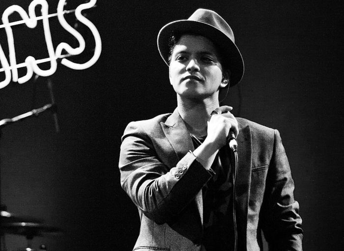 Bruno Mars Parking